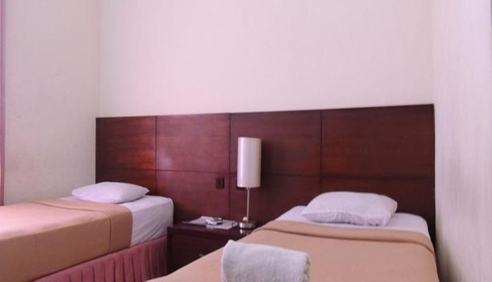 Jesen's Inn 3 Bali - Standard Room with Fan Basic Deal Save 20% Discount