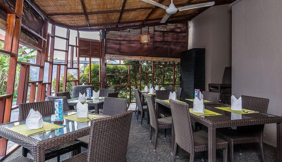 ZEN Premium Kerobokan Seminyak Villa Bali - Restoran