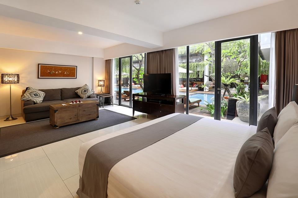 Neo+ Kuta Legian - Suite Room Regular Plan