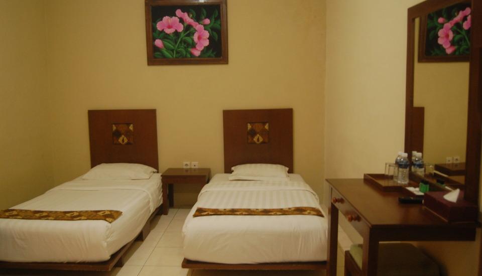 Hotel Sagan Huis Yogyakarta - superior twin bed 1