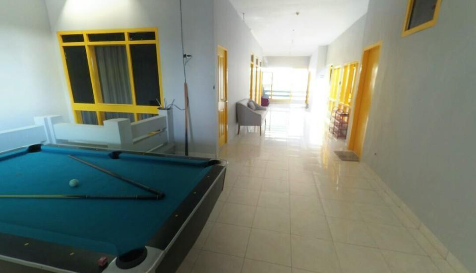 Mess Inn Semarang - Meja billiard