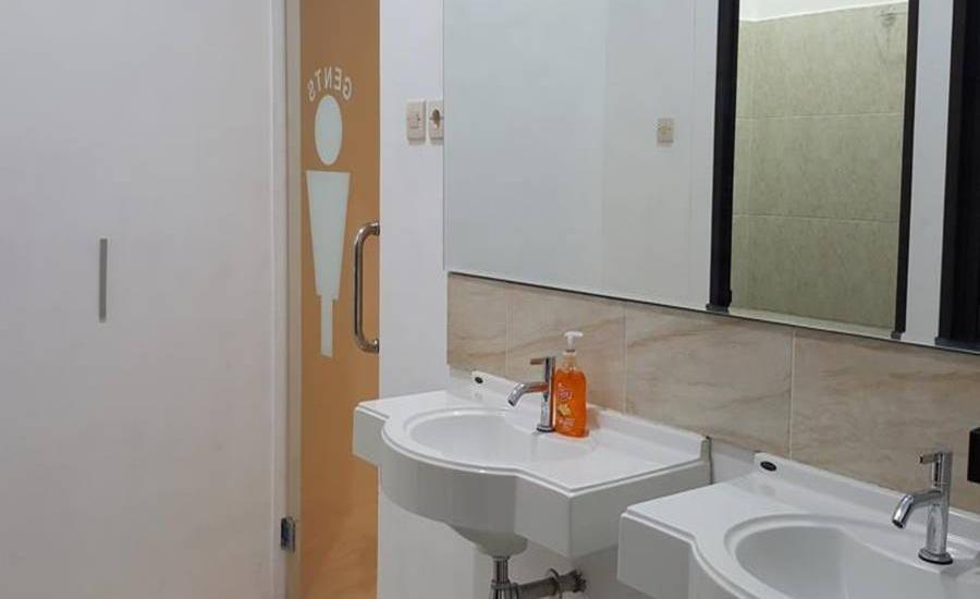 Mador Malang Dorm Hostel Malang - Kamar mandi