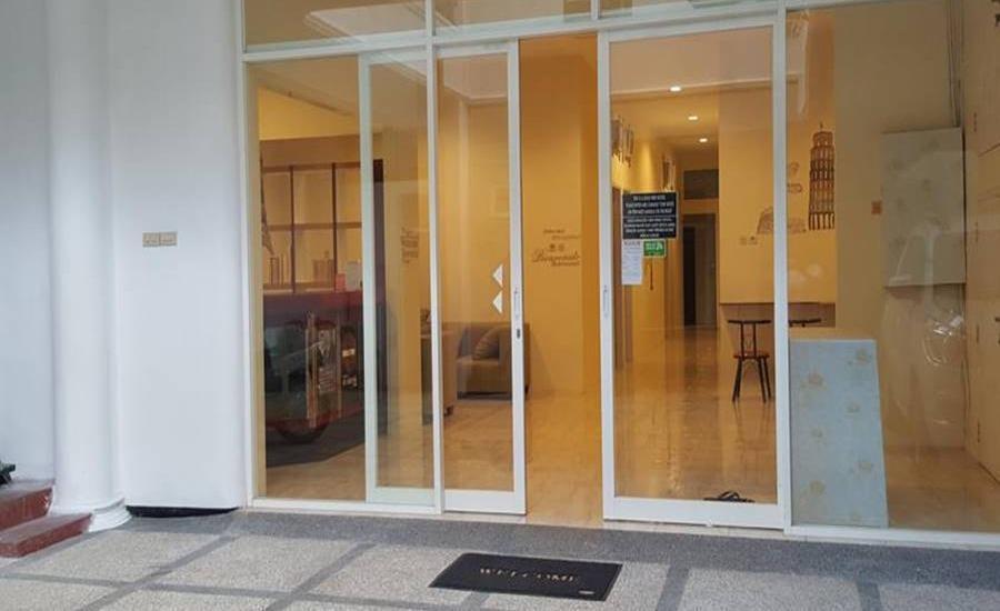 Mador Malang Dorm Hostel Malang - Pintu Masuk