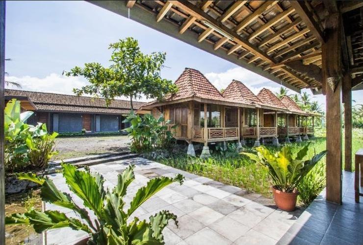 Puri Menoreh Hotel Magelang - joglo