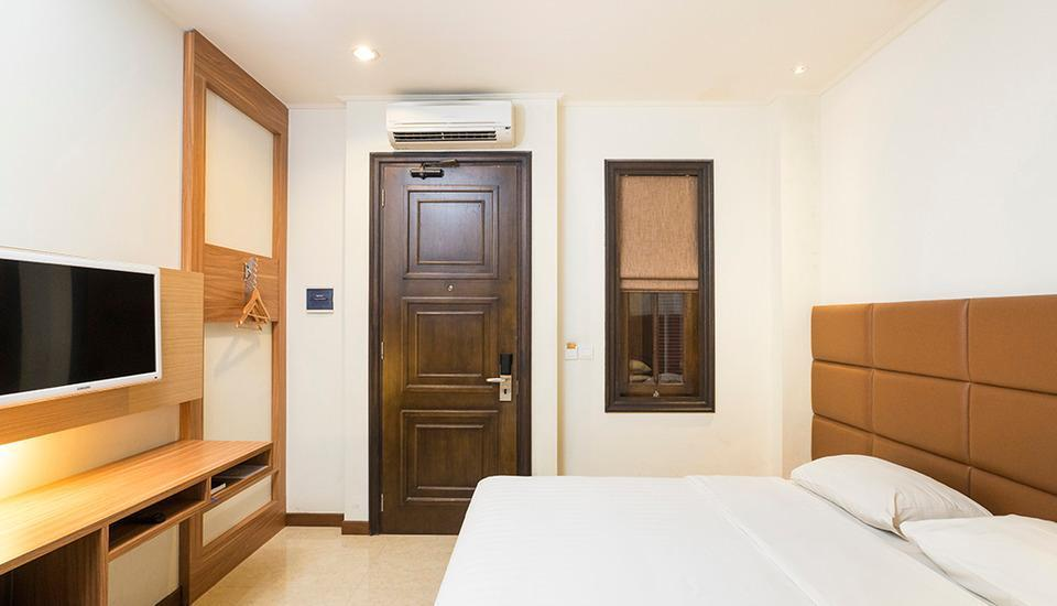 Alron Hotel Kuta - Smart Room Last Minute