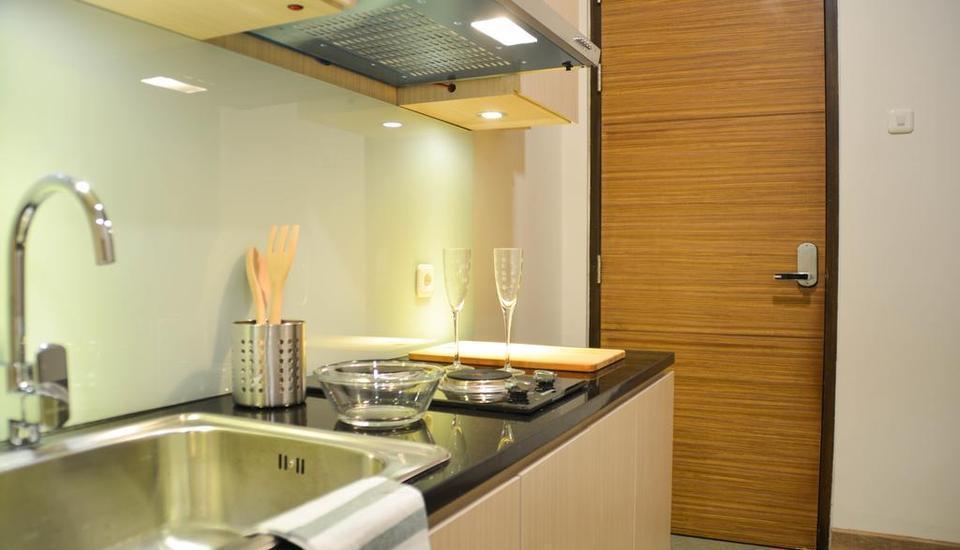 Treehouse Suites Jakarta - Kitchen