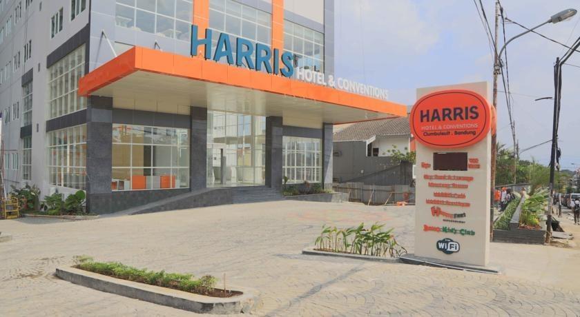 HARRIS Ciumbuleuit - Tampilan Luar Hotel