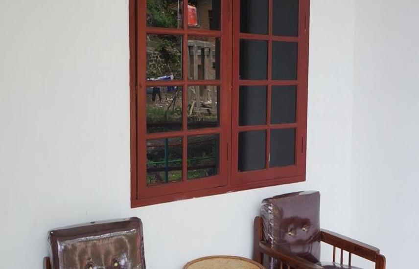 Hotel Ambaroba Resort Samosir - Teras