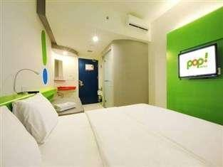 POP! Hotel Sangaji Yogyakarta - POP! Room - with Breakfast Regular Plan