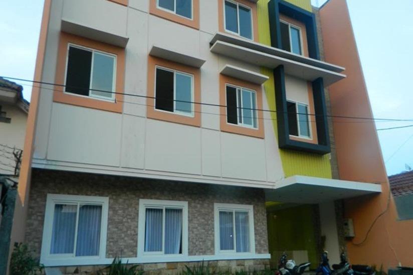 Hasanah Guest House Malang