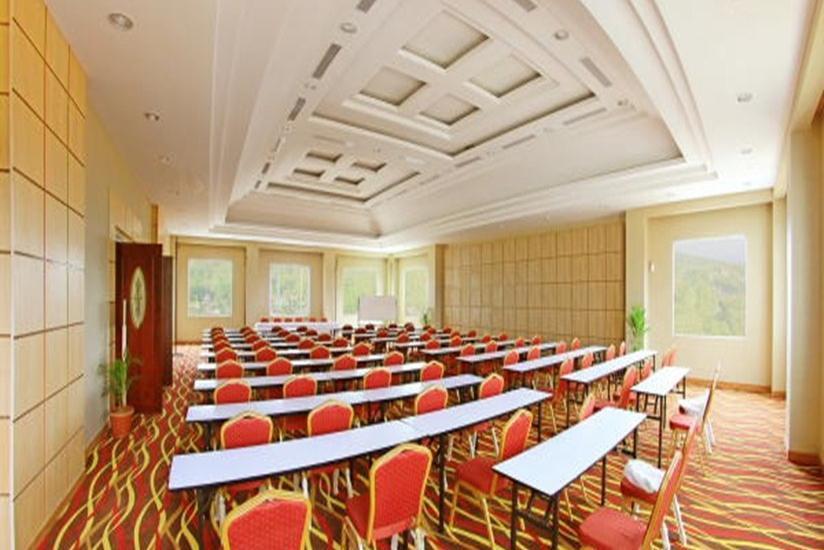 Grand Rocky Hotel Bukittinggi - Ruang Rapat