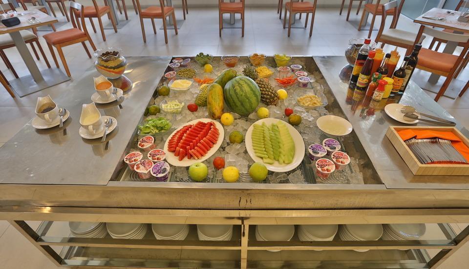 HARRIS Hotel Pontianak - H-Salad