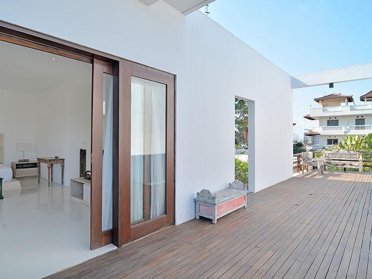 Scene Estate Bali - Lantai dua