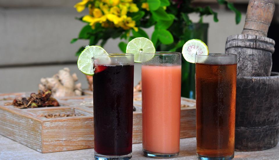 Scene Estate Bali - Minuman selamat datang
