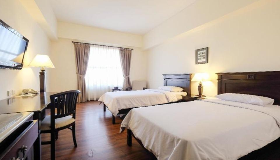 Colonial Hotel Makassar - Premiere Twin Regular Plan