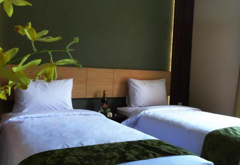 DPalma Hotel Bandung - Superior Room With Breakfast Regular Plan