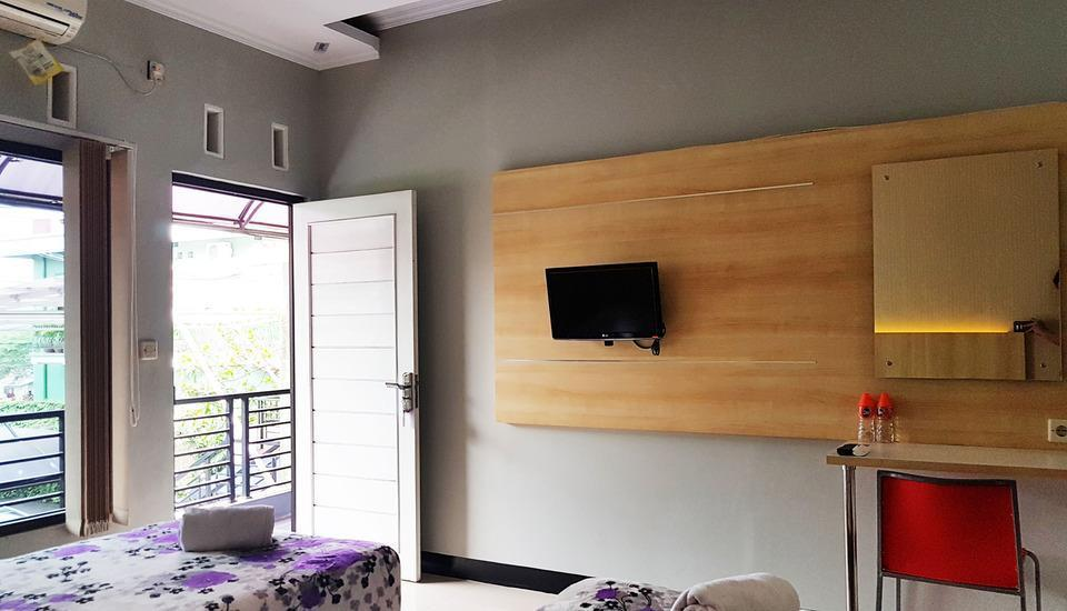 La Derra Hotel Purwakarta - Grand Deluxe Twin Room