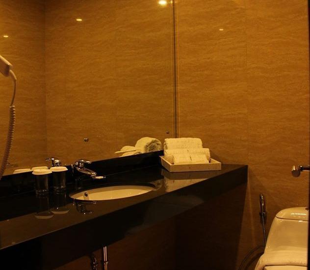 Grand Serela Medan - Kamar mandi