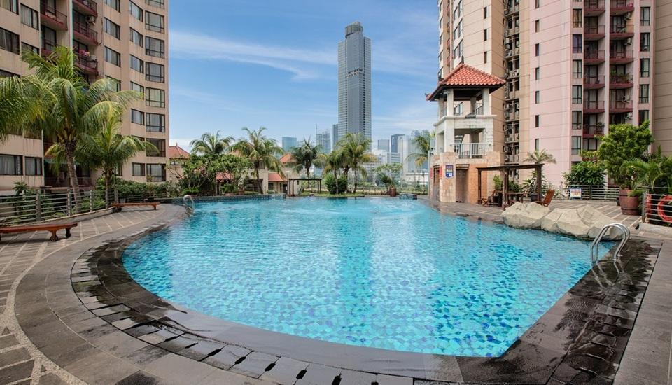 Aston Rasuna - Facilities - Swimming Pool
