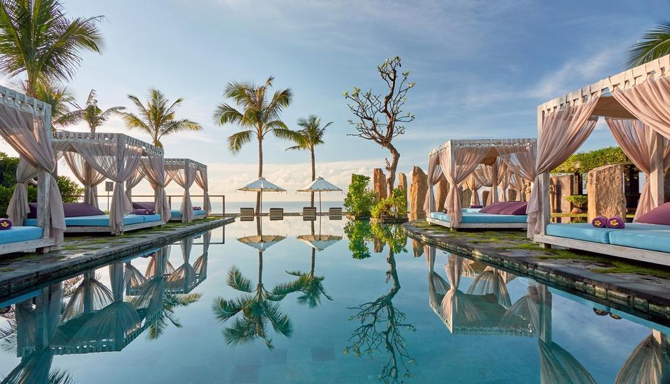The Royal Purnama Art Suites & Villas Bali - Standing Stones