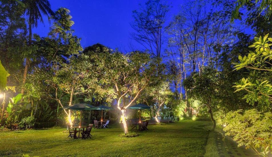 Rumah Boedi Private Residence Borobudur Magelang - Garden4