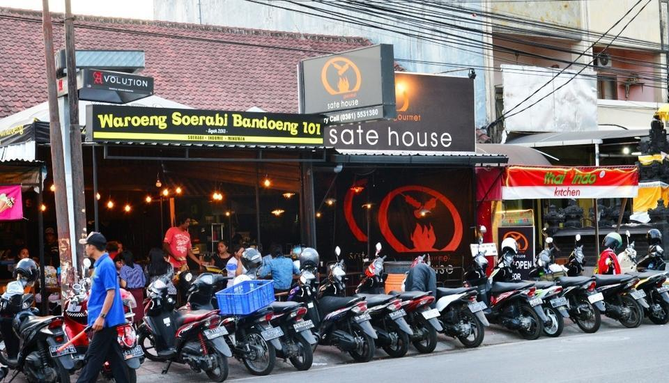 RedDoorz Plus @ Dewi Sri Seminyak Bali -