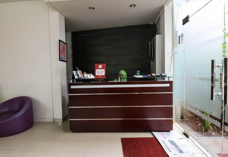 NIDA Rooms Semarang Singosari 1017 Semarang - Resepsionis