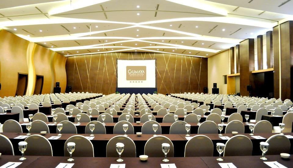 Gumaya Hotel Semarang - Classroom-Ballroom