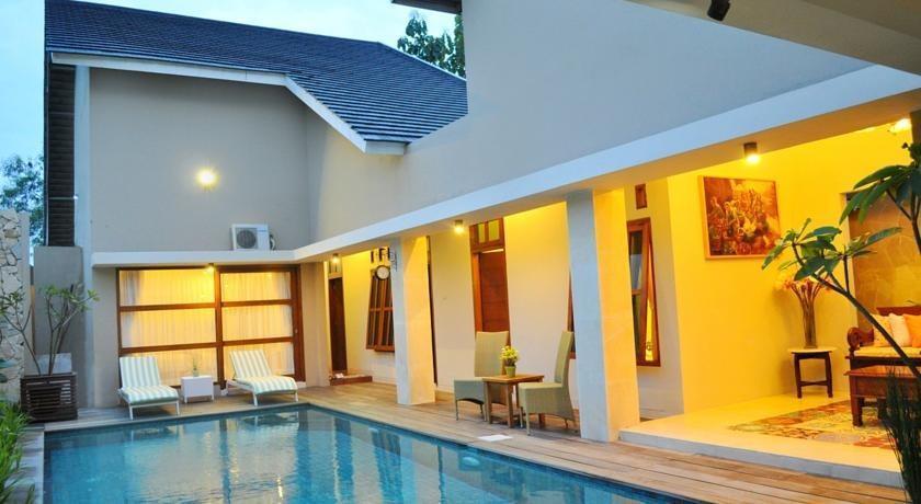 Villa Damai Yogyakarta - Kolam Renang
