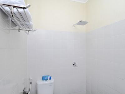 Airy Jogonalan Dukuh Karang Klaten - Bathroom