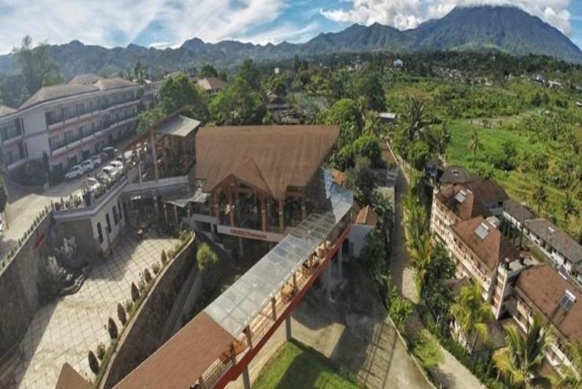 Grand USSU Hotel Bogor - Facade