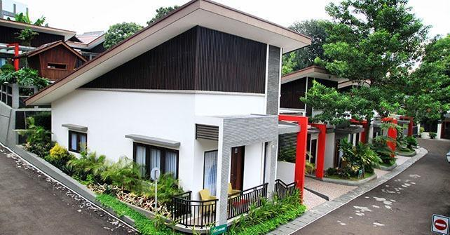 Grand USSU Hotel Bogor - Lilly King With Breakfast Regular Plan