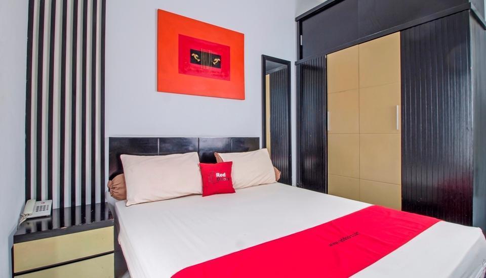RedDoorz @Tebet Barat Jakarta - Reddoorz Room Special Promo Gajian!