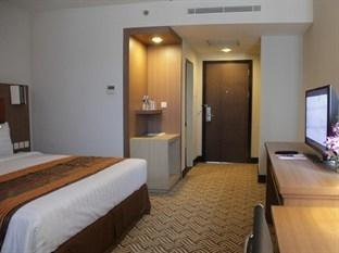 Cavinton Hotel Yogyakarta - Superior Room With Breakfast Regular Plan