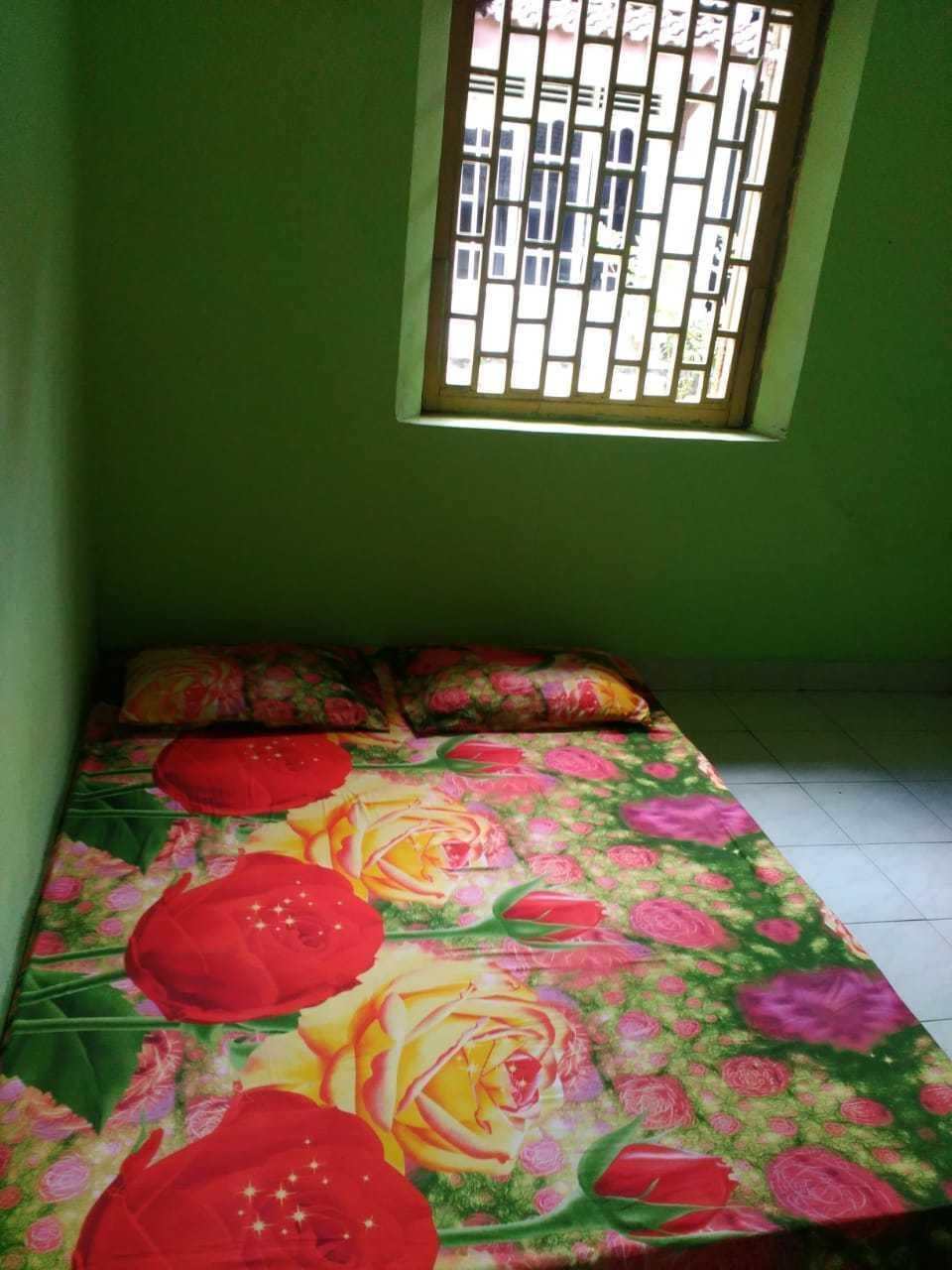 Setro Kariyo Homestay Yogyakarta - Arjuna Room