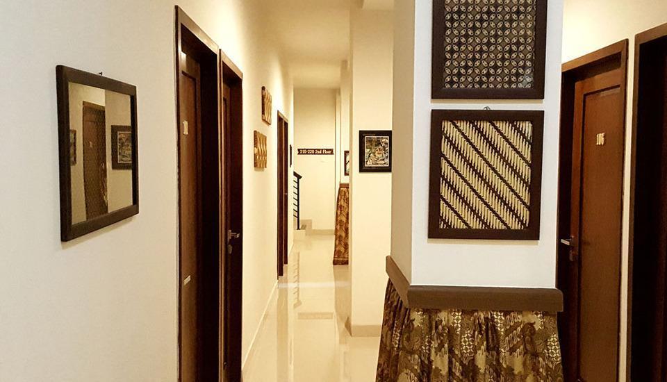 Sunrise Hotel Jombor Yogyakarta - Suasana sekitar hotel ruang dalam