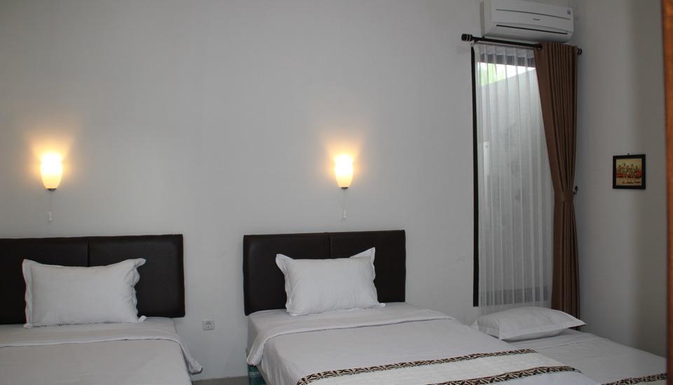 Natura Rumah Singgah Purwokerto - Kamar tamu