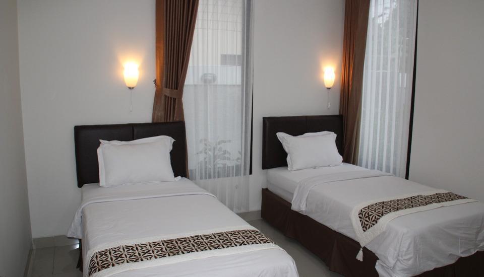 Natura Rumah Singgah Purwokerto - Tempat tidur Twin