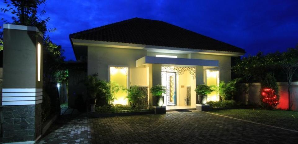 Natura Rumah Singgah Purwokerto - Homestay