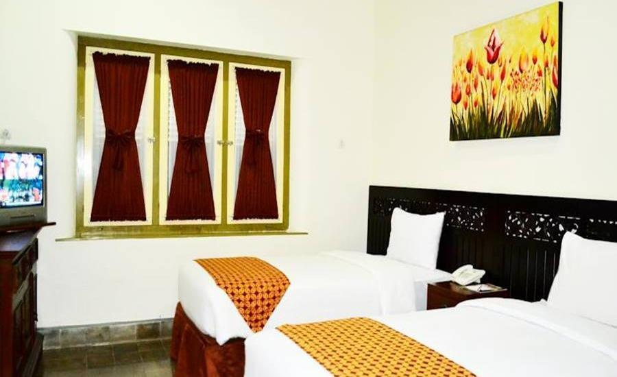 The Kresna Hotel Yogyakarta - Deluxe Room Regular Plan