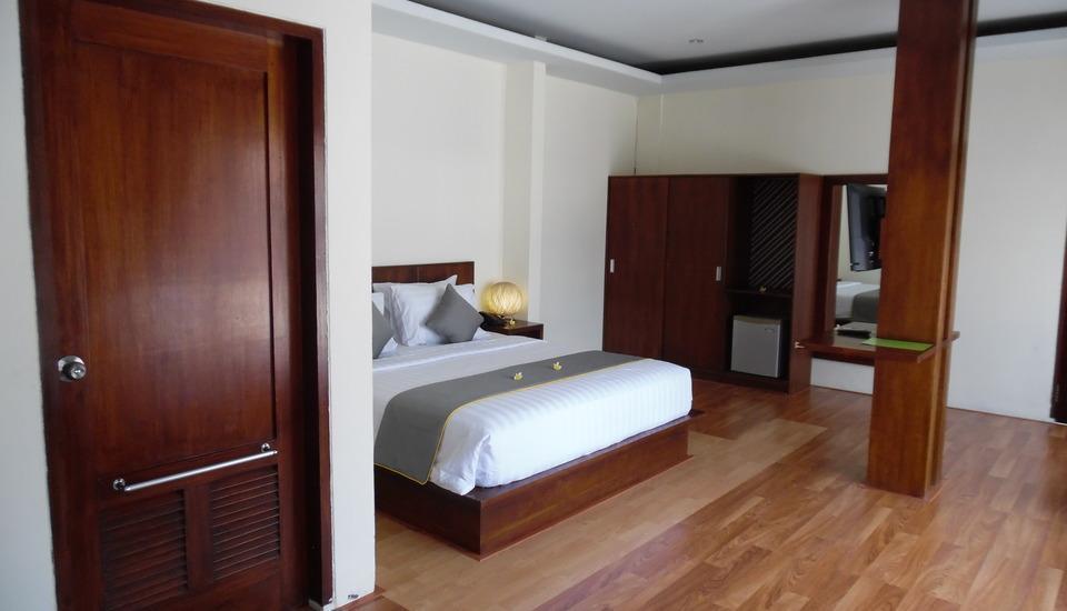 Melati Resort & Hotel Kuta Lombok - Grand Deluxe jenis Fasilitas Kamar AC, TV, Mini bar, air panas, telepon, akses wi-fi