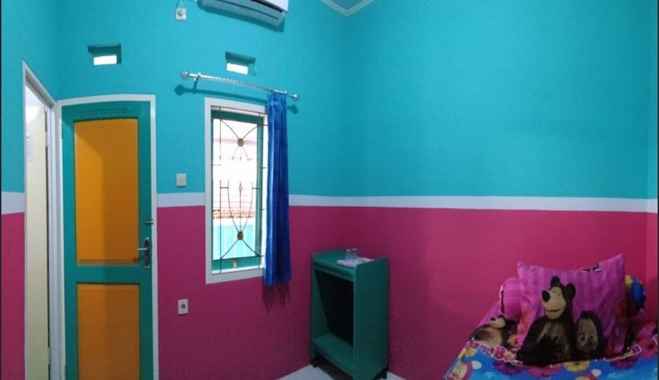 Homestay Lidiya Banyuwangi - Standard Room with AC Regular Plan