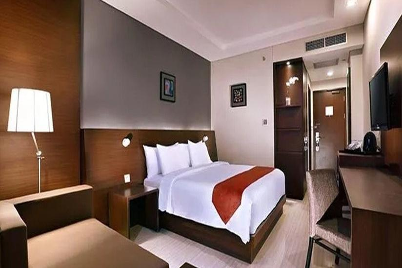 Aston Imperial Bekasi Hotel Bekasi - Deluxe Room  Regular Plan