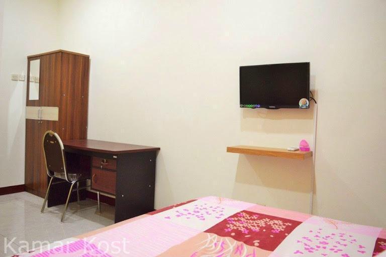 House of Dharmawan Surabaya - Kost Room