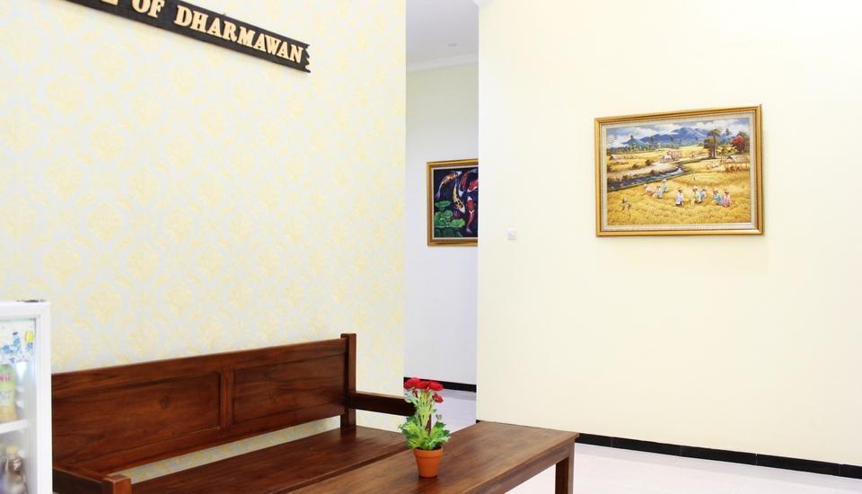 House of Dharmawan Surabaya - Resepsionis