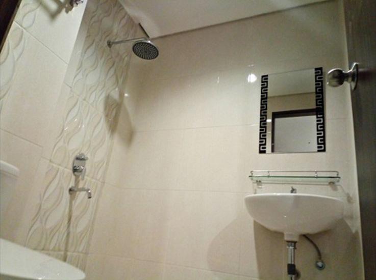Size Inn Hotel Cirebon - Bathroom