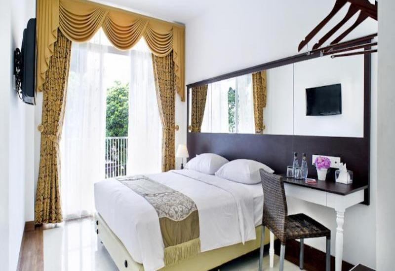 The Victoria Luxurious Guest House Bandung - Guest Room