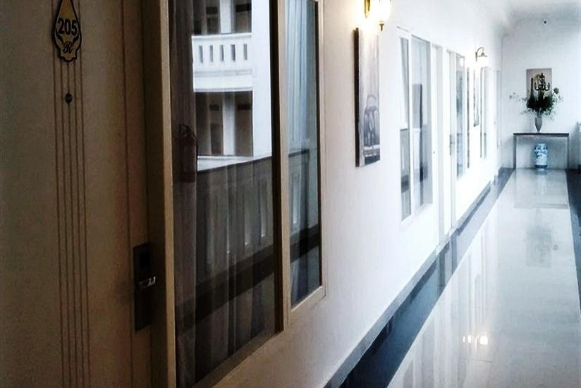 Ramayana Hotel Makassar - Koridor