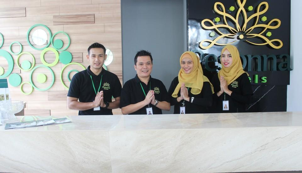 Pesonna Hotel Gresik - welcoming