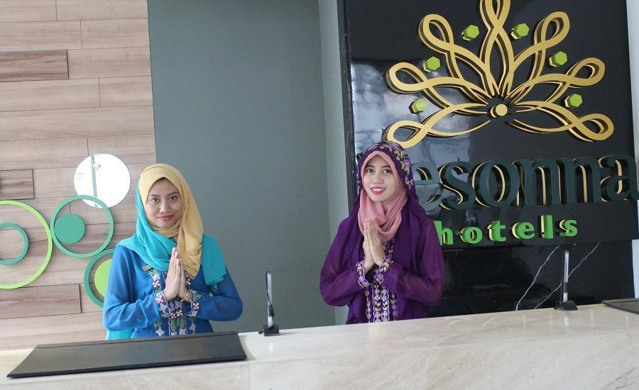 Pesonna Hotel Gresik - Guest Service